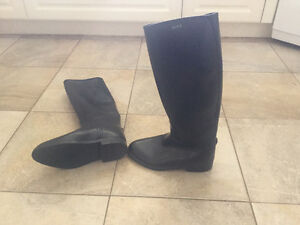 Woman's Aigle Lined Rain Boots West Island Greater Montréal image 1