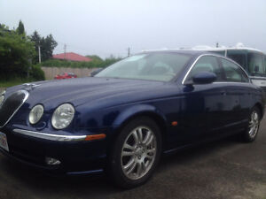 2004 Jaguar S-TYPE Sedan, Automatic, Beige Leather, Sunroof