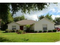 DISNEY/ORLANDO, FLORIDA - 3 BEDROOM BUNGALOW in DAVENPORT!