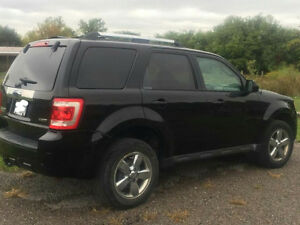 2009 Ford Escape XLT limited V6, CERTIFIED AND EMISSIONS