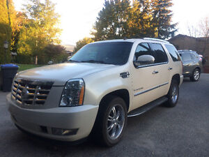 2009 Cadillac Escalade loaded SUV