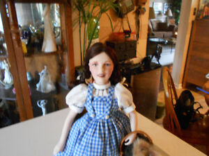 Franklin Heirloom porcelain hand painted doll Dorothy