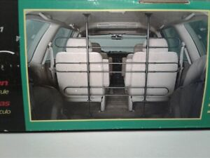 Auto Pet Barrier for VANs and SUVs