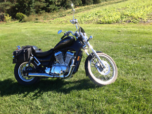 motocycle Suzuki Intruder 1995 Excellent Condition 850