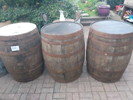 HOGSHEAD SOLID OAK WHISKEY BARREL IDEAL FOR GARDEN TABLES XL.