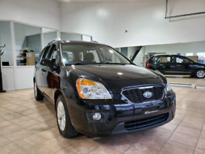 Kia Rondo 2012 Automatique 4 Cylindres 5 Passagers 7995$