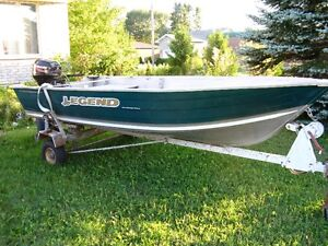 2005 '1468 Widebody Legend LS' Boat - Mercury 15hp 4 Stroke