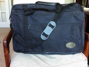 Sunsac Travel / sport / luggage nylon bag, 21x8x15 inches