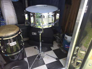 "CB 14""SNARE DRUM , with stand and carry case"
