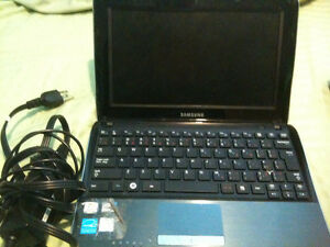 Toshiba Laptop Satlite for parts with charger