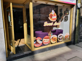 Ice cream cafe Shop