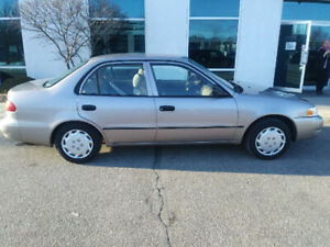 2000 Toyota Corolla Ve . Low low kms. 117,000 kms. No Rust !