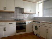 3 bedroom flat in Lupus Street, London, London, SW1V