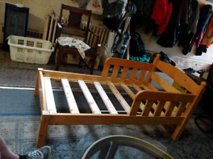 Toddler bed with no mattress $80