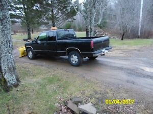 1997 Chevrolet extended cab with plow