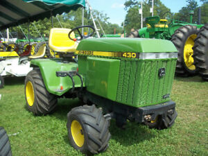 430 John Deere lawn tractor with snowblower