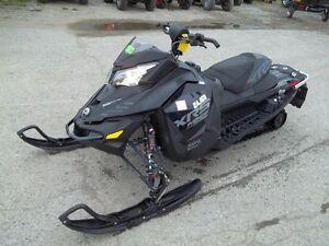 2015 Ski-Doo MXZ X-RS Rotax 800R E-TEC