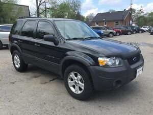 2006 FORD ESCAPE XLT * AWD * PWR ROOF * $0 DOWN LOANS London Ontario image 8