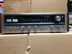 Pioneer Stereo Receiver Vintage 1974 avec entree phono 20wpc