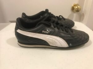 Indoor Soccer Shoes - Size 5