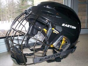 Casque Easton E600 Noir Combo Neuf / Combo Helmet New black.