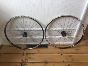 Stan's Notubes Crest 27.5/650B Disc Wheels MTB Bike Bicycle