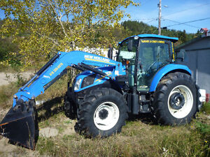 Tracteur New Holland 2013 T4.115 105 HP avec chargeur 665TL