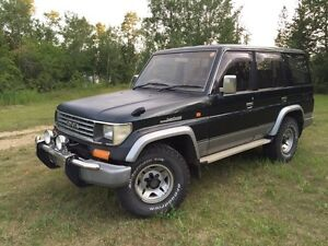 Toyota Land Cruiser 3.0Turbo Disel. y.7 seats, good conditions