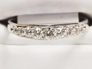 Wow - White Gold Ladies 'Stairway to Heaven' Diamond Ring (NEW)