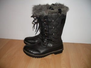 Bottes d'hiver *** SOREL *** boots for size 9 - 9.5 US / 41 EU