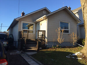 Niagara Falls renowated 3 bedroom house