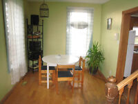 Large bright room for ren in  Grande-Digue.$400.00/ month