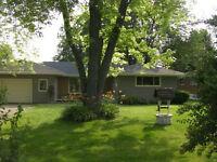 Beautiful Home In Henderson Survey