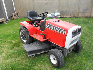 MTD  16 HP V-twin shaft driven hydrostatic Garden tractor