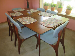 Danish mid-50's dining set and matching hutch