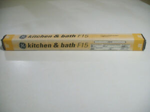 "BRAND NEW 18"" FLUORESCENT TUBE SUITABLE FOR KITCHEN OR BATHROOM"