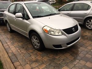 2008 Suzuki SX4 5 speed A/C fully loaded lock &drives like new