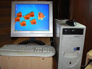 Desktop PC TopLogix custom built 3G Pentium 4 - XP SP3