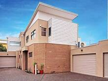 Half Furnished Great Luxious 2 Bedrooms Townhouse For Rent Moonee Ponds Moonee Valley Preview