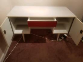 White Desk good condition