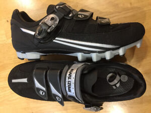Bike ride equipment from $10 - MTB and road shoes, helmets