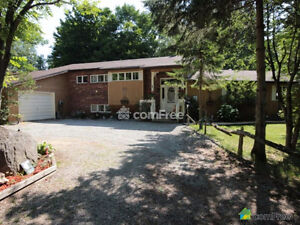 ORILLIA SPLIT LEVEL HOME