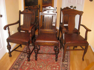 2 Sets Gorgeous Antique  Oak / Walnut Dining Chairs, Buffet