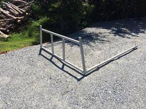 Truck box rails