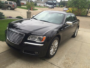 2014 Chrysler 300-Series 300C Sedan