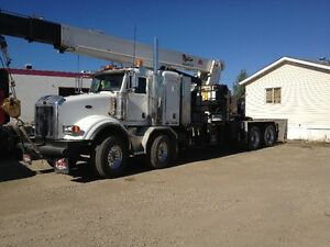 2006 PETERBILT, 30 TON WELDCO 30TC70 PICKER