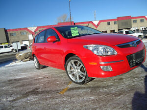 2009 Hyundai Elantra Sport Touring Wagon low kms NICE Only $6950