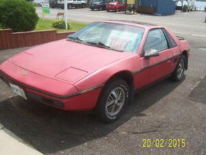 1984 Pontiac Fiero Coupe (2 door)