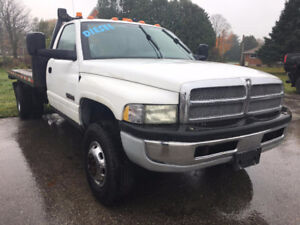 2002 Dodge tilt & load Low kms Manual 5.9L Cummins Diesel