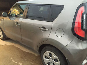 2014 Kia Soul LX 4door hatch- FWD
